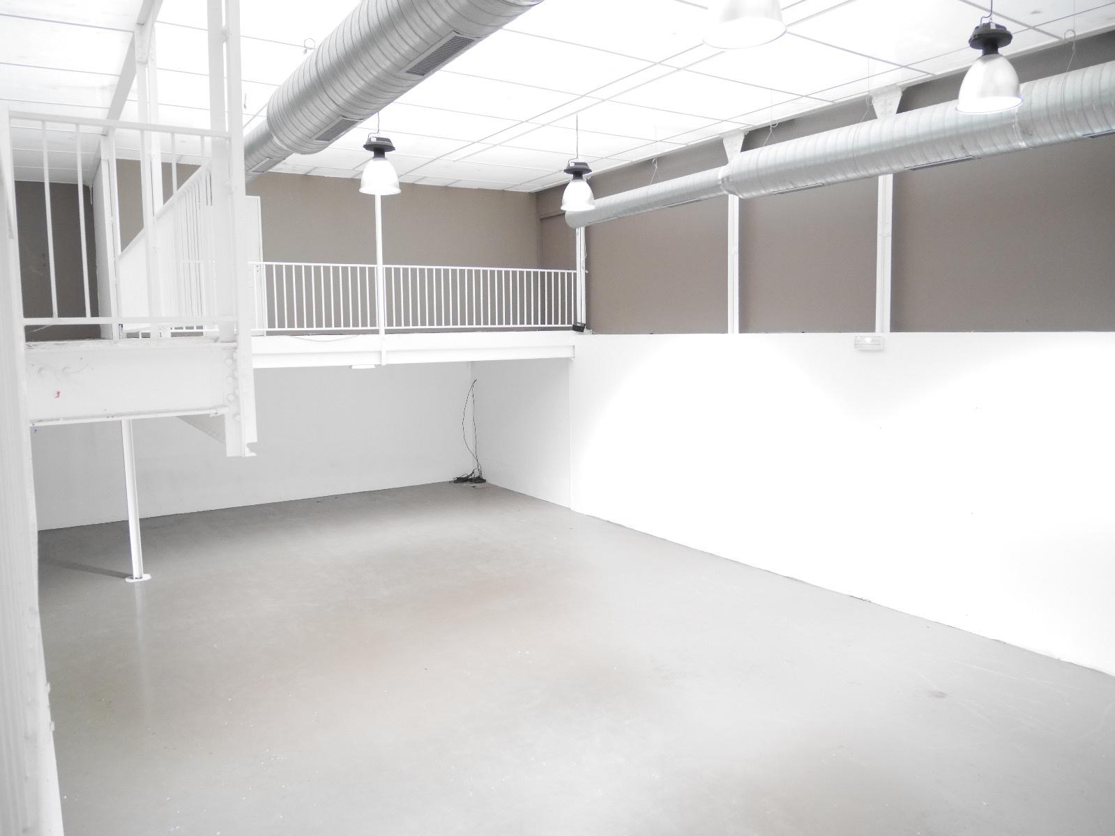vente bureau commerce champagne ardenne 4 pi ces sur le partenaire. Black Bedroom Furniture Sets. Home Design Ideas